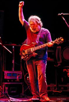 Jerry Garcia Band at The Lunt-Fontanne Theater in 1987