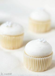 Cold Oven Mini Pound Cake Cupcakes with Vanilla Bean Cream Cheese Icing - b. sweet