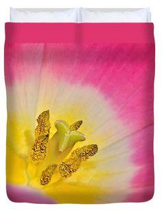 """Tulip Beauty Queen (88"""" x 88"""") Duvet Cover"""