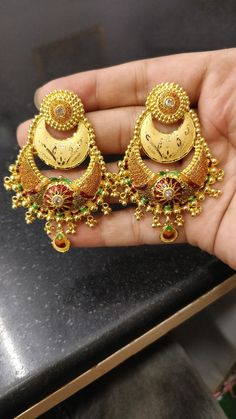 Real Gold Jewelry, Ear Jewelry, India Jewelry, Gold Jewellery, Jumka Earrings, Gold Jhumka Earrings, Most Expensive Jewelry, Gold Finger Rings, Jhumka Designs