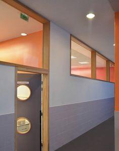 Image 9 of 29 from gallery of Sonia Delaunay School / ADEN architectes. Courtesy of ADEN architectes School Building Design, School Design, School Architecture, Architecture Design, Elementary Schools, Primary School, Ecole Design, School Hall, Kindergarten Design