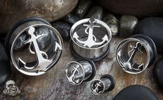 Single flare steel anchor plug  Great for fresh stretched ears, wearable thick.! =]