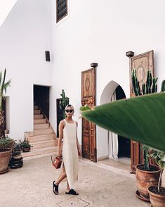 "9,316 Likes, 125 Comments - Vanessa Hong (@thehautepursuit) on Instagram: ""Morning from Marrakech! (More on my IG stories!)#thpmorocco"""