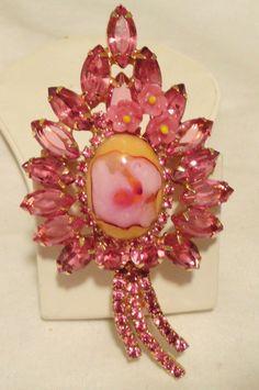Pink Juliana rhinestone brooch. Vintage costume jewelry rhinestone pin x