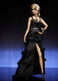 The Fashion Doll Chronicles: IFDC 2012 Integrity official dolls - Shock, Rattle & Roll