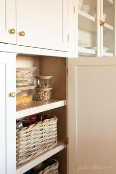 Diy kitchen pantry cabinet ideas built in pantry cabinet kitchen pantry organization kitchen pantry cabinet ideas Built In Pantry, Pantry Cupboard, Kitchen Organization Pantry, Kitchen Pantry Cabinets, Diy Kitchen, Kitchen Storage, Kitchen Decor, Organization Ideas, Organized Kitchen