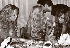 """Talk about influential women! """"Mariah Carey, Donatella Versace, and Beyonce Knowles"""" Milan, Mario Testino. Mario Testino, Mariah Carey, Def Not, Beyonce Knowles, Milan Fashion Weeks, Girls Night Out, Fashion Pictures, My Idol, Fashion Photography"""