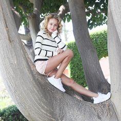sittin in a tree. Preteen Girls Fashion, Girl Fashion, Beautiful Little Girls, Cute Girls, Young Girl Models, Girl Outfits, Cute Outfits, Casual Outfits, Forever 21 Girls