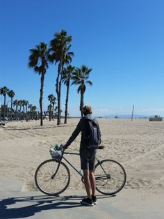 Cycling in Santa Monica, Los Angeles, USA #roadtrip