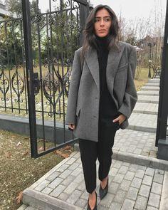 5,868 отметок «Нравится», 30 комментариев — Tamuna Tsiklauri (@tamunatsiklauri) в Instagram: «#SB me ✔️» Classy Outfits, Stylish Outfits, Beautiful Outfits, Cool Outfits, Girly Outfits, Fall Fashion Outfits, Autumn Fashion, Fashion Ideas, Fashion Clothes