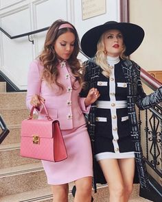 Mode Outfits, Girly Outfits, Classy Outfits, Mean Girls Outfits, Fashion Tv, Look Fashion, Fashion Outfits, Fashion Design, Street Fashion
