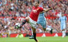 Mourinho hi vọng Henrikh bình phục để chiến đấu với Liverpool