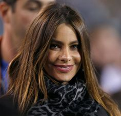 20 Gorgeous Hairstyles for Brunettes: Sofia Vergara's Actually a Natural Blonde