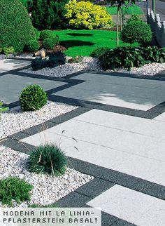 Gartenplatten - Arcadia-Gartenplatten modena mit La Linia-Pflasterstein basalt - L. Girod AG
