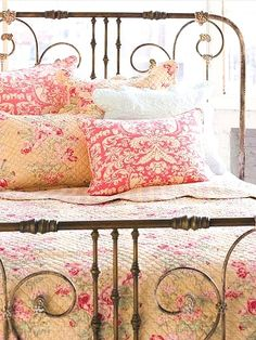 {cozy vintage bed}  can't decide if I want to paint my iron bed this color or black