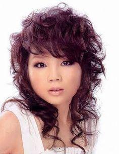 Long curly hair. carnifinda