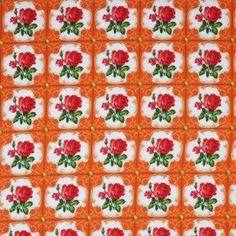 So Cute Poplin - Rose Auf Fliesen Orange. So Cute Stoffe wird aus feinfädiger Baumwolle in Leinwandbindung gewebt.
