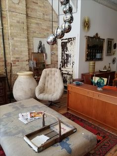 vintage shopping for your home in london ontario coloured