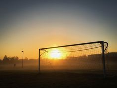 Soccer Tips. One of the greatest sporting events on earth is soccer, generally known as football in a lot of countries around the world. Soccer Practice, Soccer Skills, Football Is Life, Football Memes, Football Pitch, Football Drills, Countries Around The World, Around The Worlds, Parions Sport