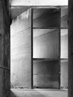 Le Corbusier. Palais des Filateurs | Ahmedabad, India | 1951.