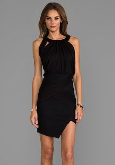 WHITE SUEDE Over And Under Dress en Noir - Gift Guide: Work Dresses