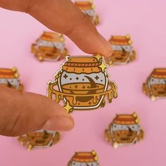 Honeymoon My sweet Honeymoon was my first proper enamel pin, and I'm so happy and sad to announce that it's almost sold out and… Bag Pins, Little Presents, Jacket Pins, Cool Pins, Metal Pins, Pin And Patches, Up Girl, Pin Badges, Lapel Pins