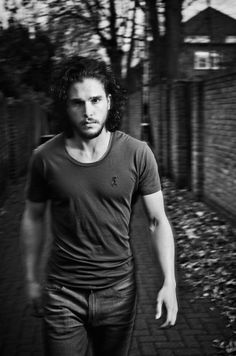 Kit Harington - Men's Health UK- April 2014
