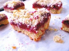 Raspberry Streusel Bars (Gluten/ Grain/ Corn/ Soy/ Egg Free) with directions to make sugar free.