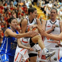 WNBL Women's basketball stares down the barrel with no TV deal or major sponsor - ABC Online #757Live