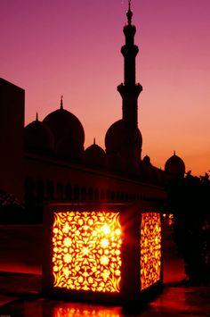 ae5alid:  Mosque Lantern Abu Dhabi, UAE
