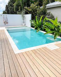 Backyard Pool Designs, Small Backyard Pools, Pool Landscaping, Piscina Diy, Australia House, Pool Landscape Design, Small Pool Design, Modern Pools, Luxury Pools
