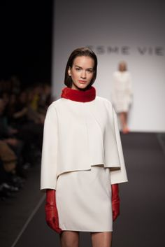 ESME VIE Fashion Show at Rome Couture Fashion Week AltaRoma with preview of Winter 2015 Collection. #esmevie #fashion #fashionweek #winter2015 #collection #inspiration #vintage #vintagefashion #colours #peony #rose #flowers #beauty #luxury