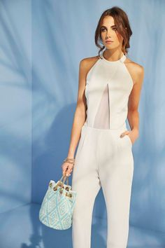 mono de fiesta blanco con escote halter para evento coctel bautizo comunion graduacion de nubbe en apparentia Fashion 2017, Couture Fashion, Fashion Outfits, Moda Casual, Casual Chic, Look Office, Civil Wedding Dresses, Dress Codes, Suits For Women