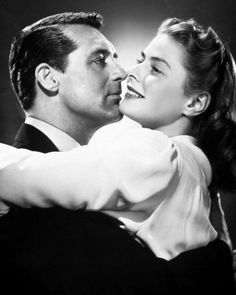 Cary Grant & Ingrid Bergman in a promo shot for Hitchcock's Notorious… Golden Age Of Hollywood, Vintage Hollywood, Hollywood Stars, Classic Hollywood, Hollywood Couples, Ingrid Bergman, Cary Grant, Entertainment Weekly, Swedish Actresses