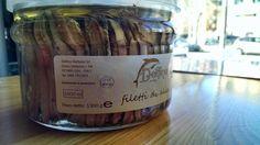 I veri filetti di alici di Cetara... sappiamo coccolare i nostri clienti con prodotti gourmet! #sogood #roma #aventino #circomassimo #gourmetfood #alici #cetara #food #foodie #gourmet