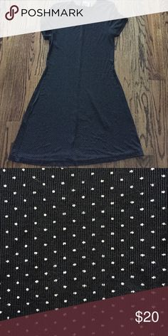 90s black and white polka dot dress Vintage 90s stretchy short sleeve dress. 94% acetate and 6% lycra. No size but fits like XS-Small Dresses