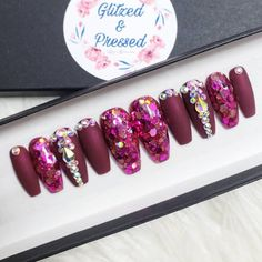 the best coffin nail designs page 26 Glue On Nails, Gel Nails, Manicure, Toenails, New Nail Designs, Acrylic Nail Designs, Sparkly Nails, Pink Nails, Cute Nails