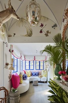 Vestibule: Ellen Kavanaugh Interiors