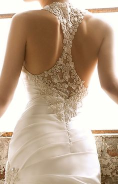 Cheap Wedding Dresses on Sale at Bargain Price, Buy Quality lace mermaid wedding dress, lace up back wedding dress, lace beaded wedding dresses from China lace mermaid wedding dress Suppliers at Aliexpress.com:1,Wedding Dress Fabric:Organza 2,Sleeve Length:Sleeveless 3,Decoration:Lace, Beads, Crystals 4,Neckline:Halter 5,Built-in Bra:Yes