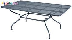 Hogyan is lehetne kényelmesen üldögélni a kastélyparkban asztal nélkül? A válasz a Royal Verso asztal, amely speciálisan megerősített fémből készül, kiegészítve kézműves elemekkel, amelyek maximálisan kihangsúlyozzák az egyes részleteket. A gyönyörű asztal kiegészítve az Excelsior vagy Domino székekkel, felejthetetlen, előkelő pihenést biztosít.    Jellemzők:  - Méretek: 190 x 105 x 74cm  - Súly: 20,6kg Outdoor Tables, Outdoor Decor, Outdoor Furniture, Home Decor, Dominatrix, Homemade Home Decor, Decoration Home, Patio Table, Yard Furniture