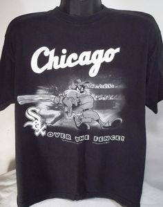 Vintage Chicago White Sox Looney Tunes Taz Mens Size XL Black T Shirt   LooneyTunes  GraphicTee 16c6afb1c
