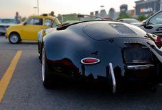 Porsche 356 Speedster WideBody Car Share and enjoy! Sexy Cars, Hot Cars, Vans Vw, Porsche 356 Speedster, Porsche Roadster, Porsche 356 Outlaw, Porsche 356a, Porsche Carrera, Auto Retro