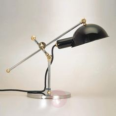 The SF 27 Adjustable desk lamp is designed by Sweden about 1927 and made by Tecnolumen. Desk lamp SF 27 looks masculine and functional. The chromed metal structure with joints in chrome or brass can be adjusted individually. Interior Lighting, Lighting Design, Desk Lamp, Table Lamp, 12 Volt Led, Bauhaus Style, Bauhaus Design, Art Deco, Metal Structure