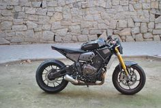 RocketGarage Cafe Racer: Rat Bike XSR 700