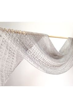 Ravelry  Rosewater shawl with Swans Island Natural Colors Merino Fingering  - knitting pattern by Janina 127e89218b