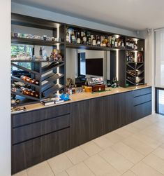 New York Projects, Caramel Vodka, Modern Home Bar, Kitchen Cabinetry, Bars For Home, Liquor Cabinet, Sydney, Kitchens, Contemporary