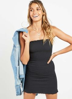 Shop Women's Fashion Dress Outfits, Dress Up, Bright Dress, Lifestyle Trends, Online Fashion Stores, Christmas 2017, New Fashion, Dress Black, Special Occasion
