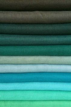 Love Hijab Beautiful Plain Scarves in a range of fabrics and colours. Hijab Fashion, Muslim Fashion, Fashion Fashion, Scarf Storage, Color Combinations For Clothes, Fabric Photography, Ideas Hogar, Hijab Tutorial, Sewing Material