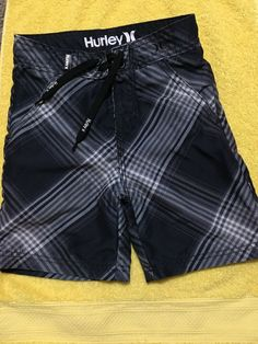 16158a70b5 Hurley Swim Trunks Boys Size 3T Black/Gray Plaid With Front And Back  Pockets #
