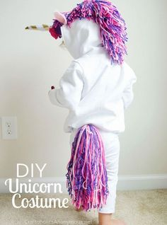 Cute and easy Halloween costume! Make this DIY owl mask for an adorable and simple costume this Halloween! Unicorn Halloween Costume, Hallowen Costume, Diy Halloween Costumes For Kids, Costumes For Women, Costume Ideas, Unicorn Costume For Kids, Pirate Costumes, Children Costumes, Halloween Stuff